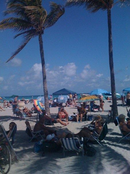 Hollywood beachboardwalkmar09