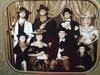 Vintagepictureofthemeltonfamily_5